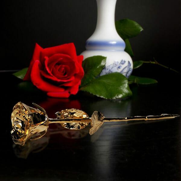 24 karátos arany rózsa